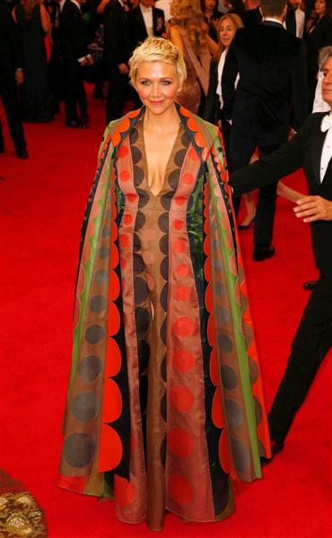 Maggie Gyllenhaal in Valentino - Met Gala 2014