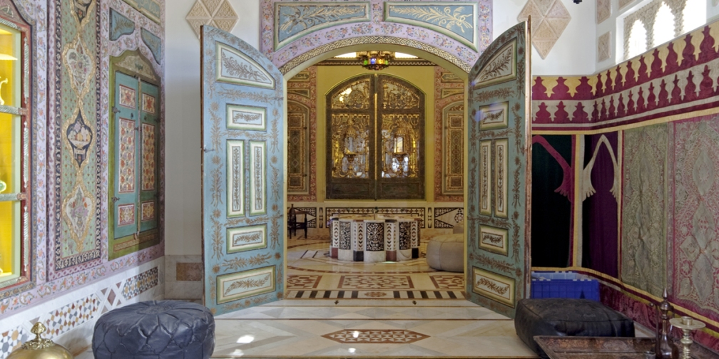 Entry way to Large Syrian Room