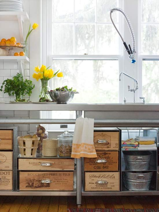 Crates create beautiful displays in this kitchen