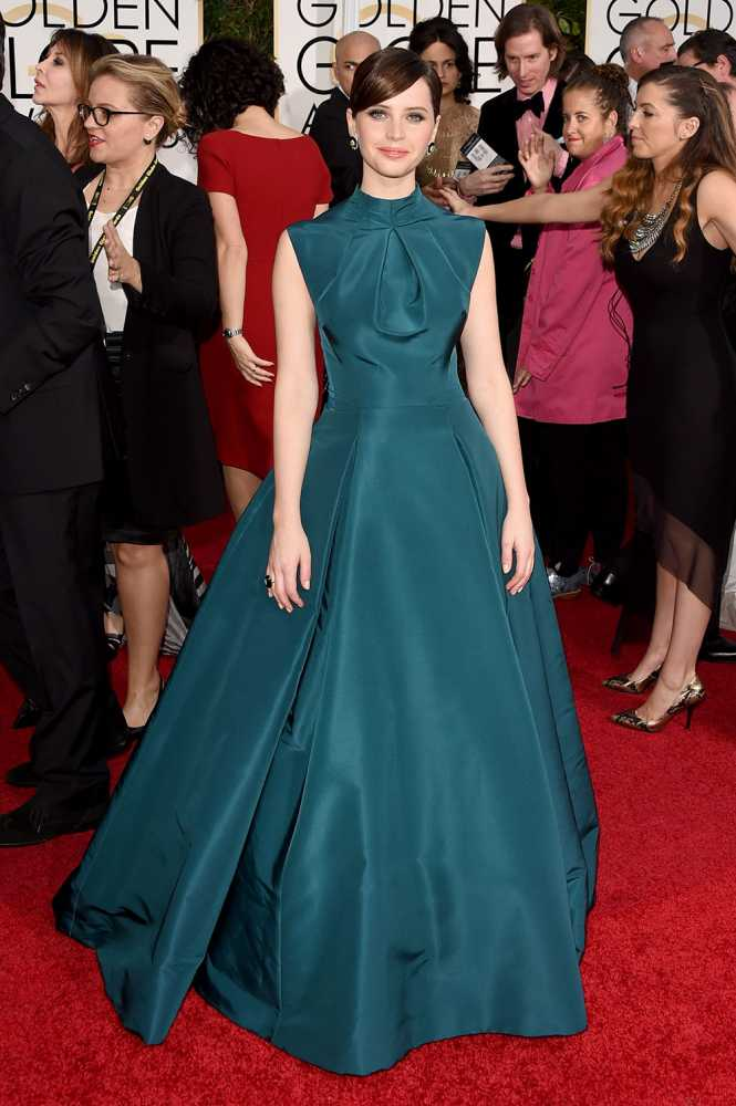 Felicity Jones - I...LOVE...THE...COLOR!!!
