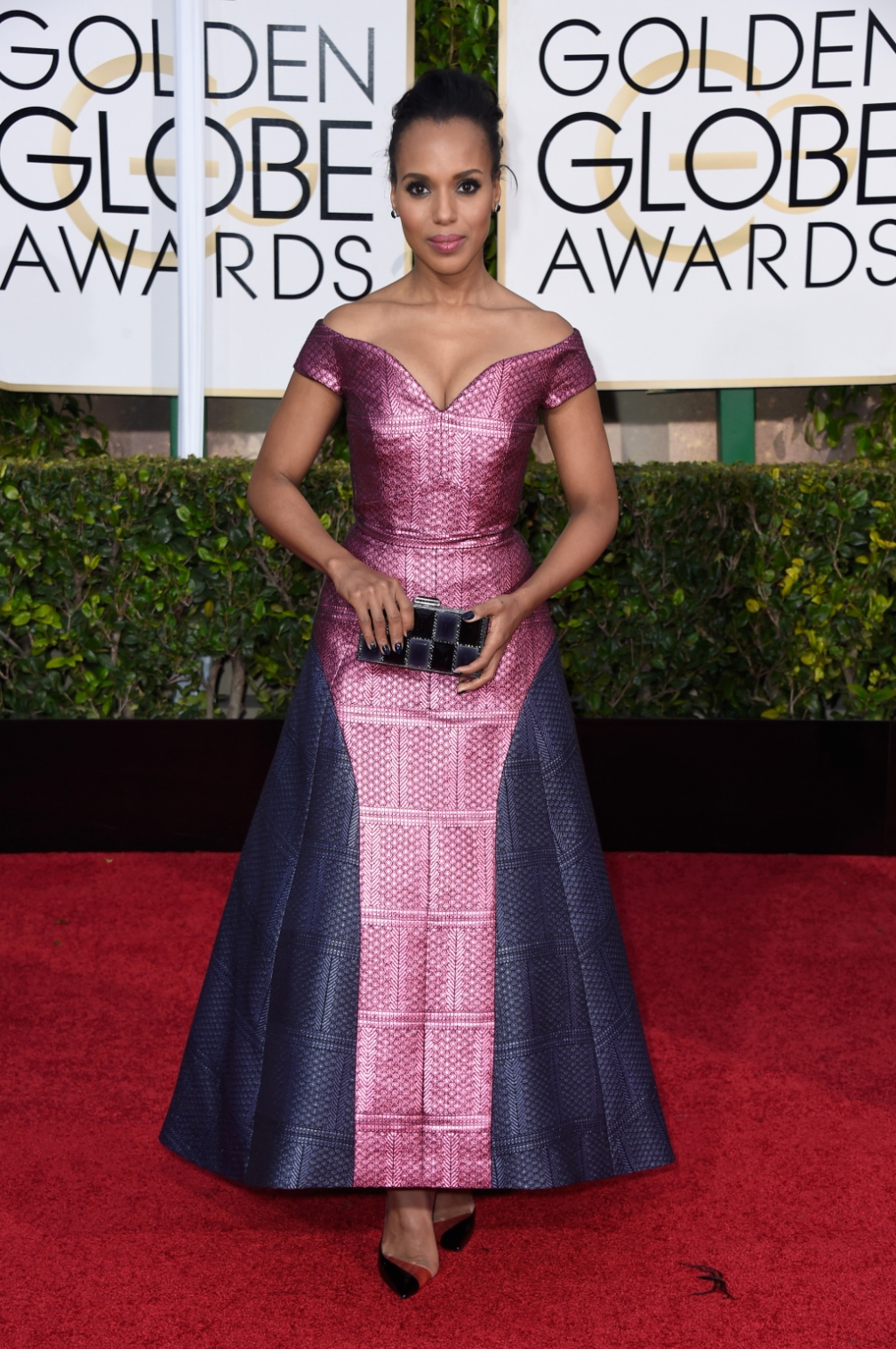 Kerry Washington - Showed up last night to honor & represent the Amish community