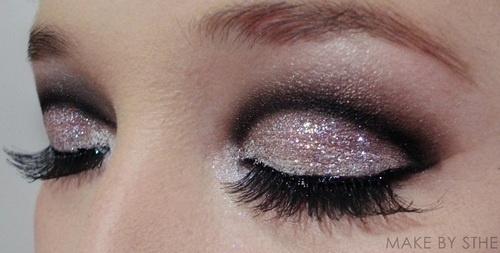 Watch - How to that all wear glitters eyeshadow video